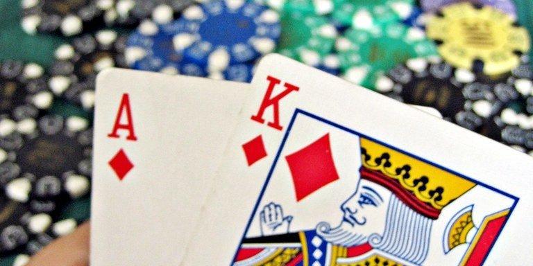 Blackjack-winning-hand-768x384