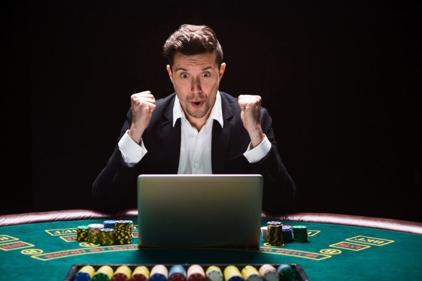 how-to-play-at-live-casinos-scaled